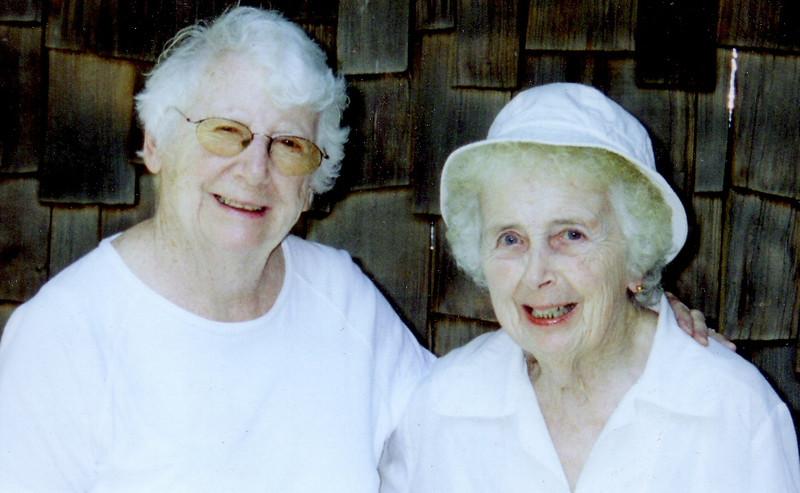 Jean Johnston & Eleanor Ingraham in New Hampshire