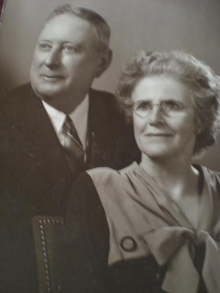 Murdo & Annie Nicholson