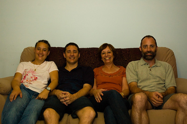 Family-at-Mums-0006