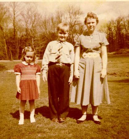1953_06 Shirley Bob Joan - Copy