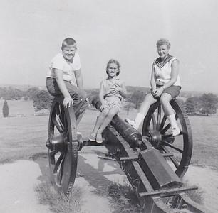1956_05 Valley Forge Bob Shirley Joan