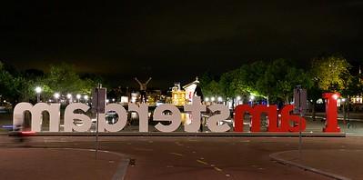 I amsterdam by night.