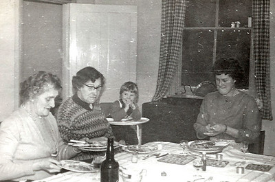 L to R, Mamma (Bisco), Nanny (Webb)  Carolyn and Mum