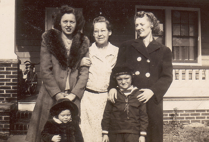 "Eleanor Carlisle Penny (with daughter Marion); Mary ""Mamie"" Downing Carlisle; Adelaide Carlisle White (with son Tommy)"