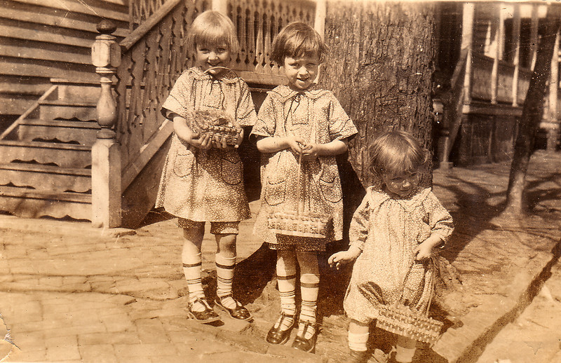 Adelaide, Eleanor and Elwood Carlisle, Easter, ca 1926. Aunt Hennie made their orange print dresses and Elwood's romber