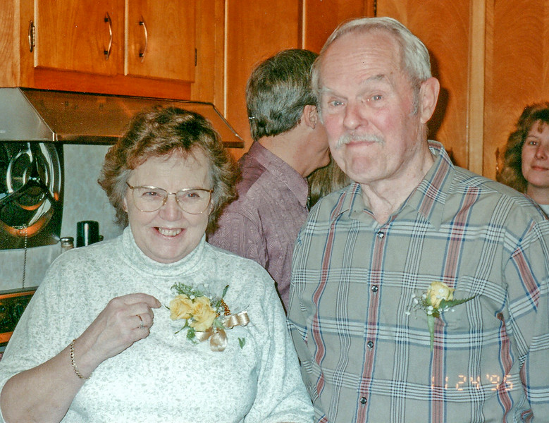 Viola and Stan Shultis in Wittenberg NY 1995