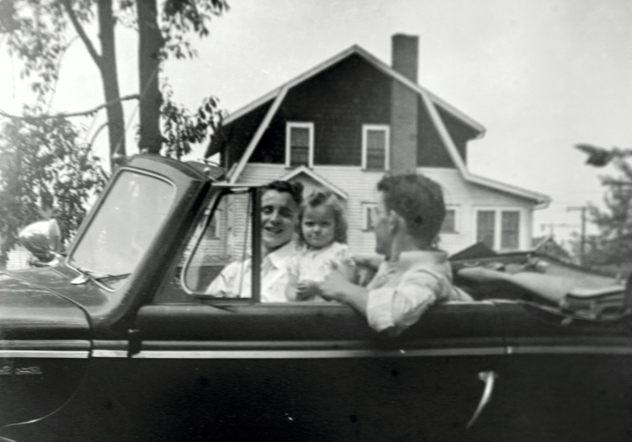 dad, child, other in car-7407