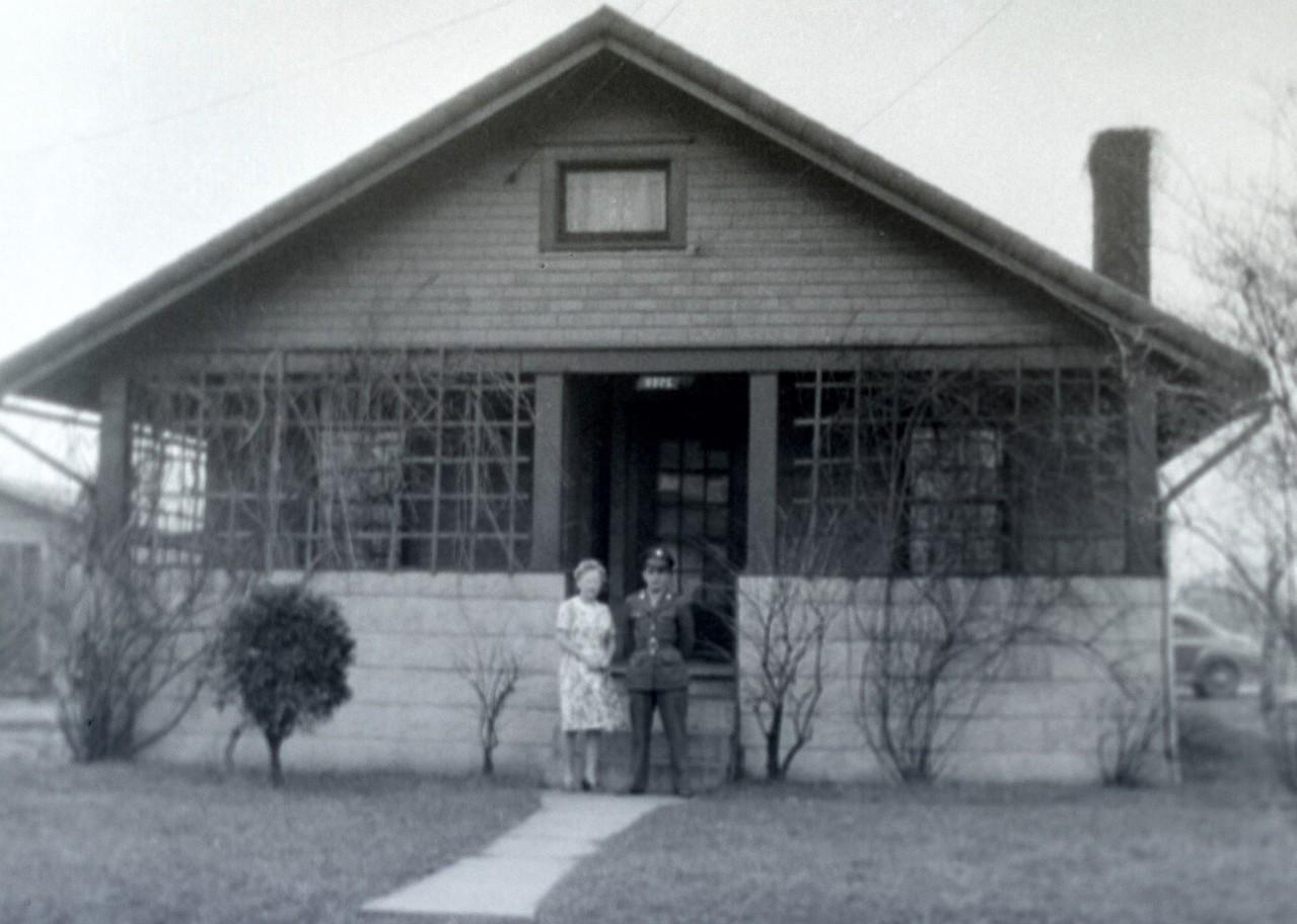 Dad ww2 house-7344 2