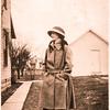 Lady in hat-