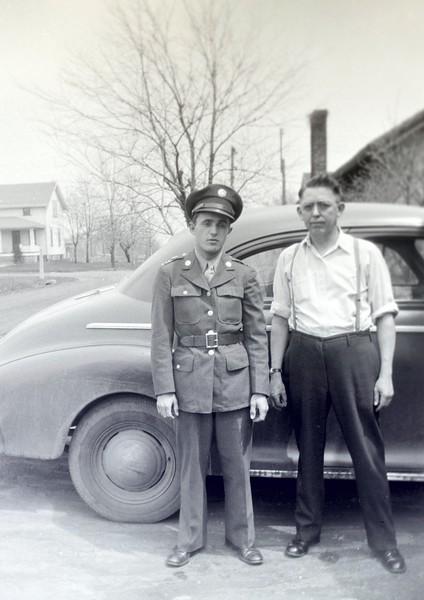 poppa and grandpa-7365