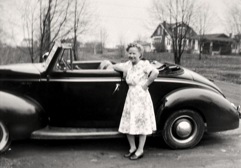 grandma 1940-2p