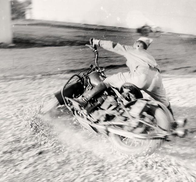 107 Cav motorcycle-7433p