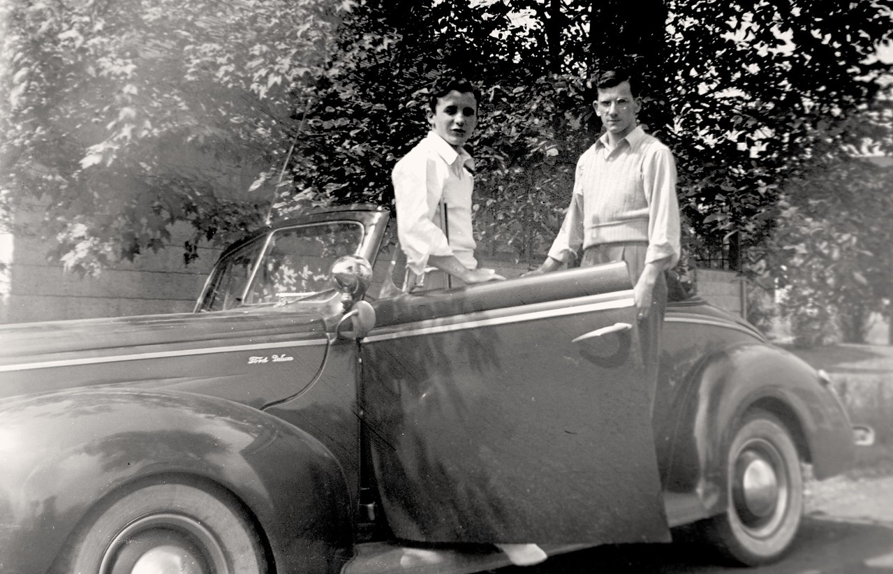 Dad with Ford Deluxe-7396