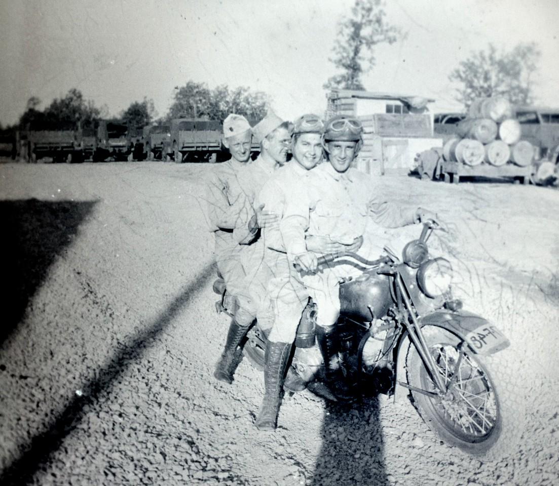 bike ridesr1940-2p