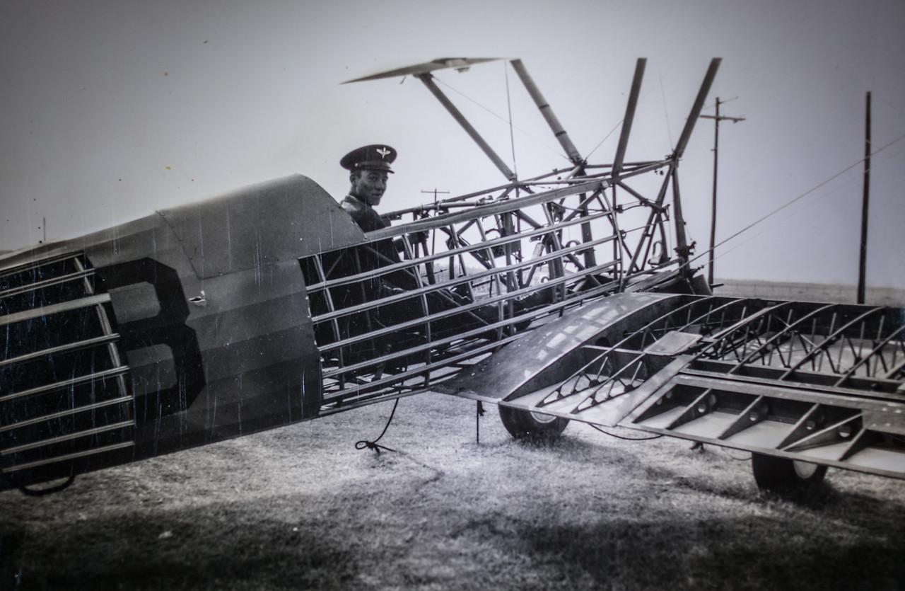 Unknown pilot training-7384