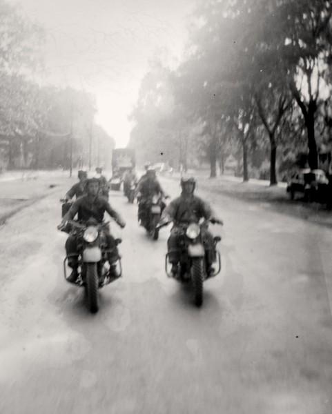 Motorcycle troopers 1940-2p