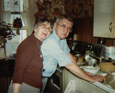 chas&aunt ruth imboden
