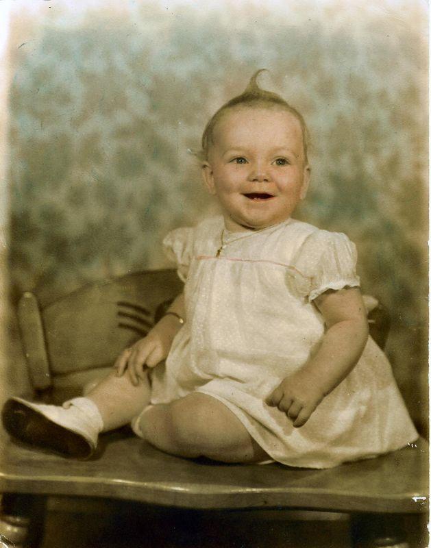 1943 - Bonnie @ 9 months,