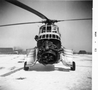Navy Helicopter emergency landing in Fritz feild