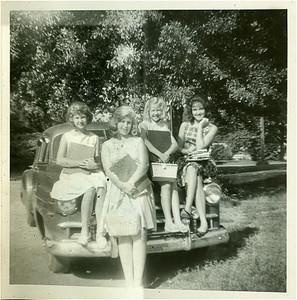 Powell sisters, L to R: Rhonda, Rita, Shelia, Carolyn. (Monroe and Margaret's girls)