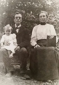 Mama Dear (Stella Ash) with her parents