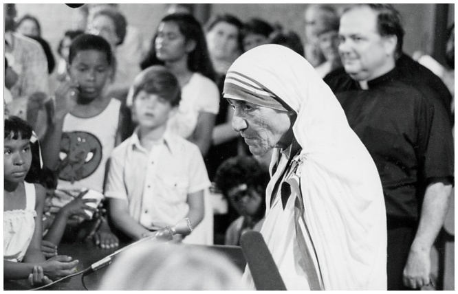 Mother Theresa meets with adoptive children in Washington, DC. circa 1979.