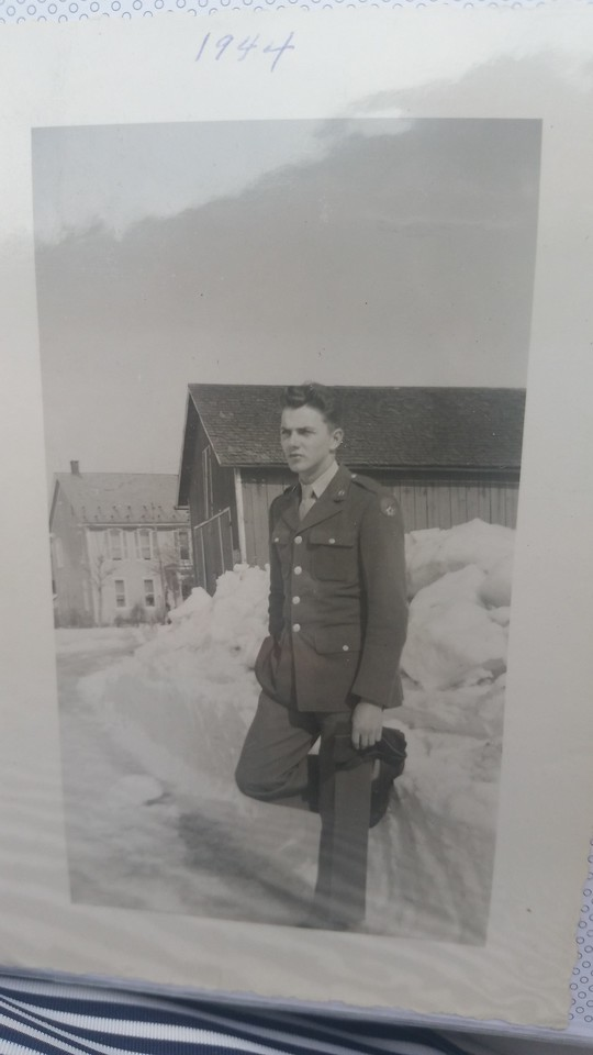 """Harold """"Pop"""" Henninger 1944"""