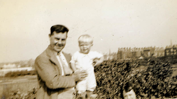 George Parsons-grandfather-Brian Parsons- Irene Parsons-Seaside