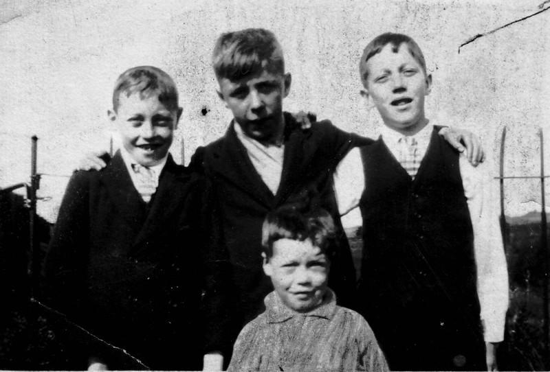 Uncle Tom, Not sure looks like G. Oldwealth, Peter Kavanagh,  Uncle Dennis