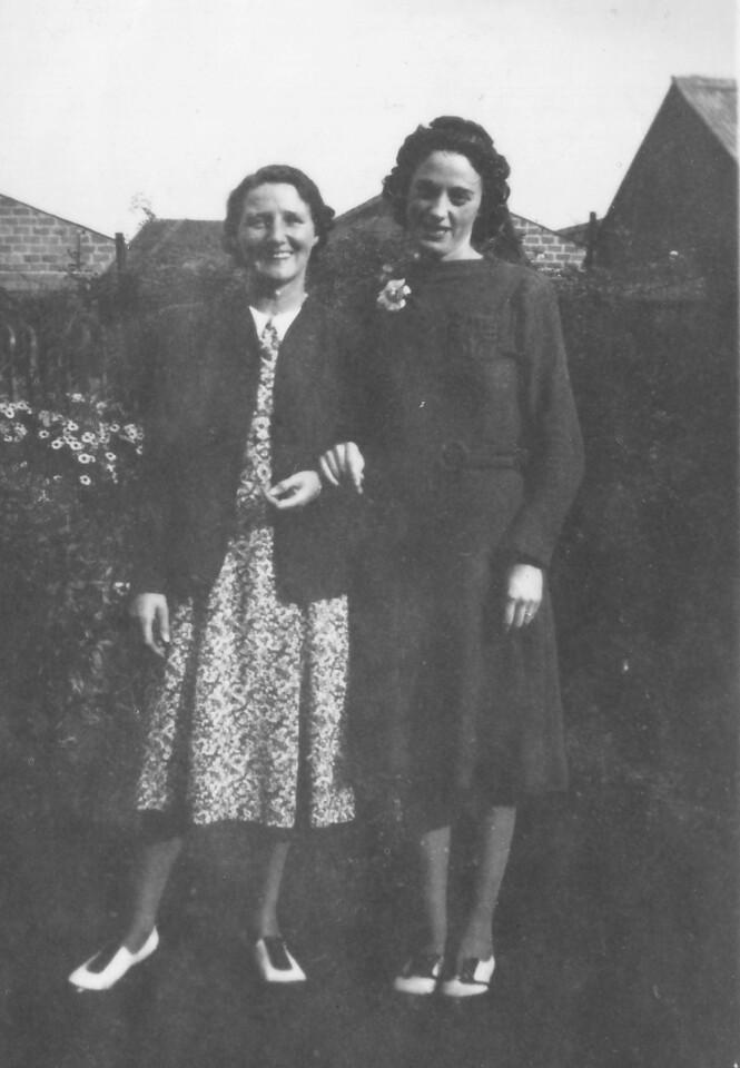 Mrs Howlett & Phil Kavanagh 1942
