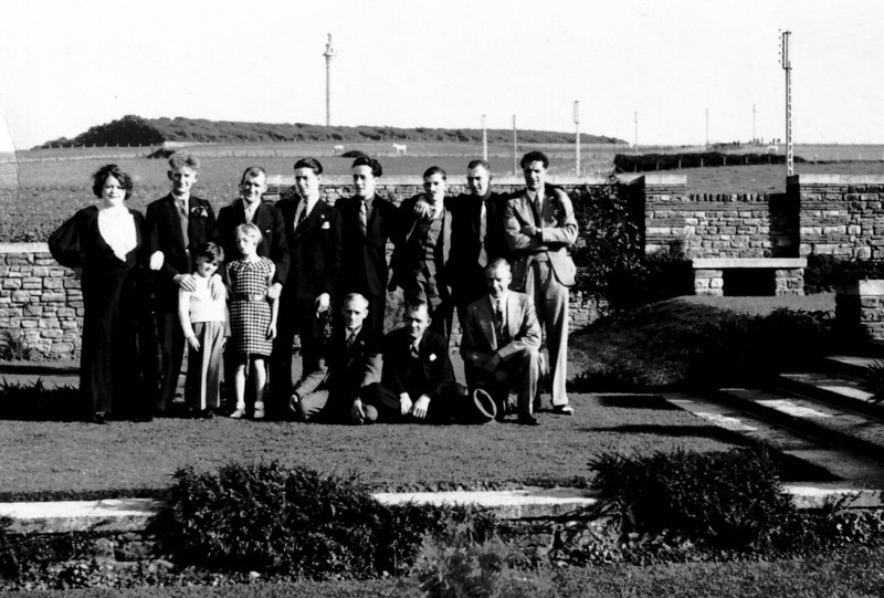 What a strange photo, Peter Kavanagh 5 in  from left, 2nd in from right has been in some other photos