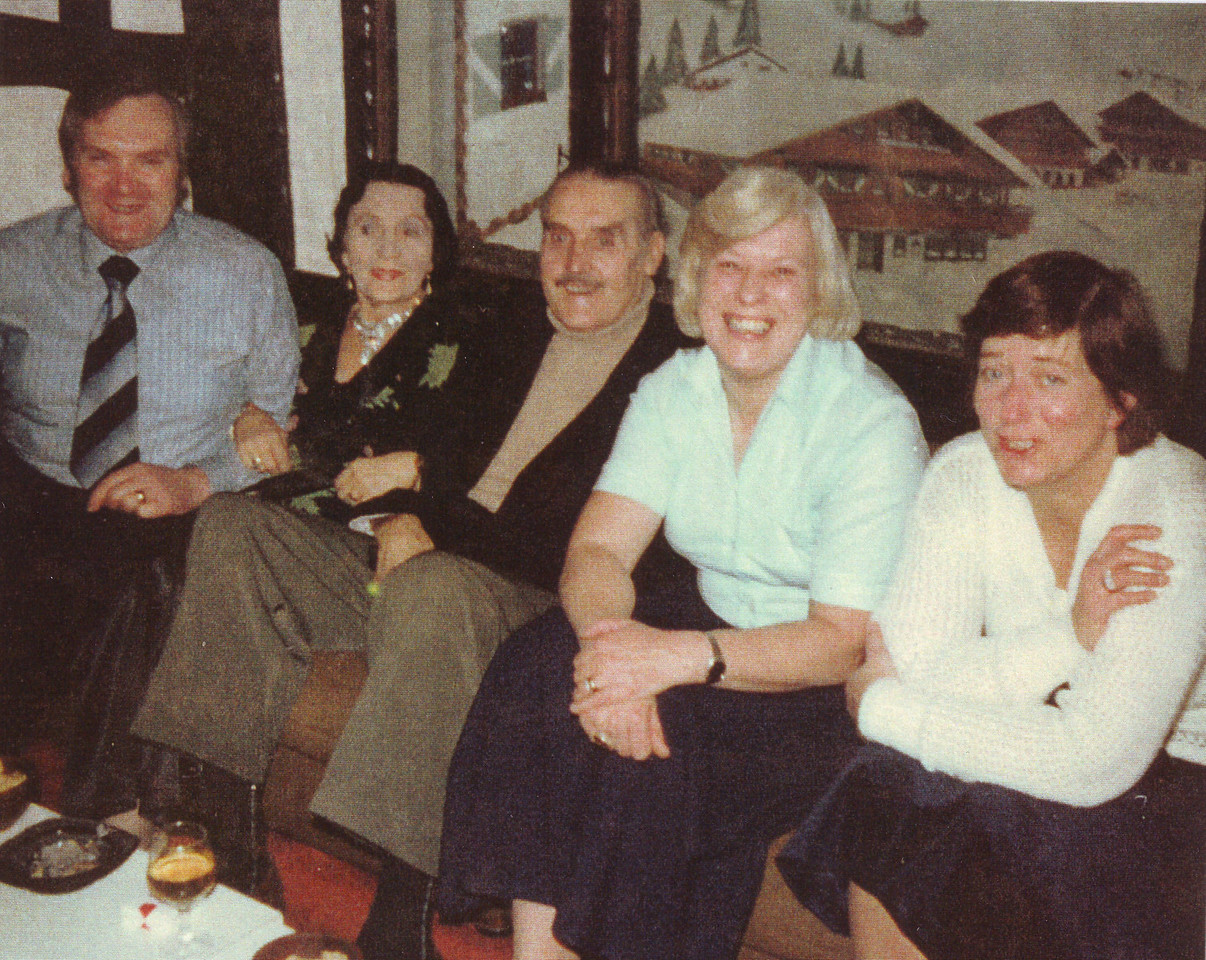 Cousin John, Aunty Alice, Uncle John, Brenda & Mum