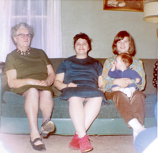 31 Old Nicol Photos - Grandma Holkeboer, Mom, Pam, Brian 1966