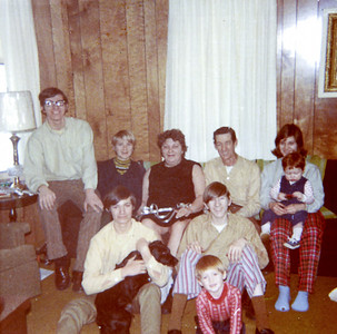 18 Old Nicol Photos - Christmas 1970