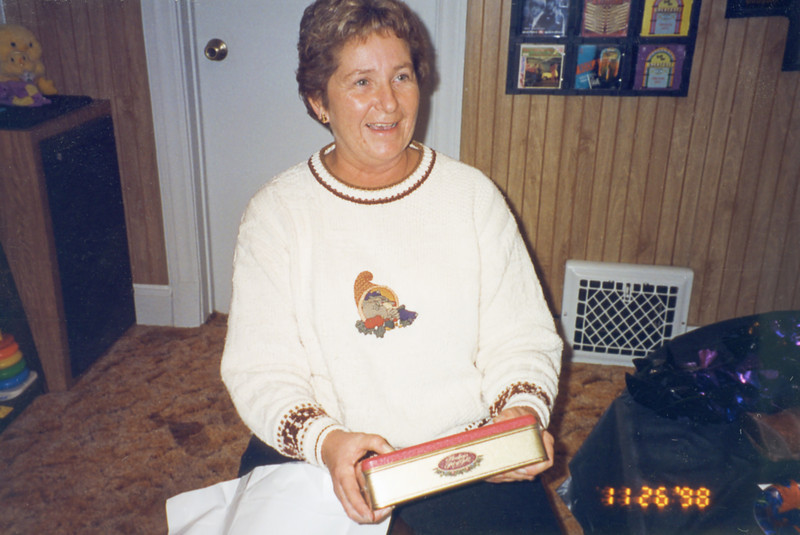 02 Old Nicol Photos - Ilene Nov 1998 (50th)
