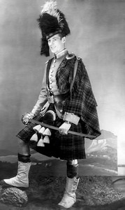 27 Old Nicol Photos - Dad Scottish Uniform (1 of 2)