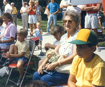 Aunt Mary July 1986 adj