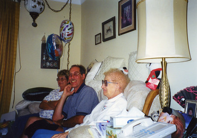 Old Nicol Photos 4006 - June 2000 Pam Weber Gary Mary