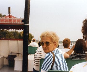 Old Nicol Photos 4021 - Mary