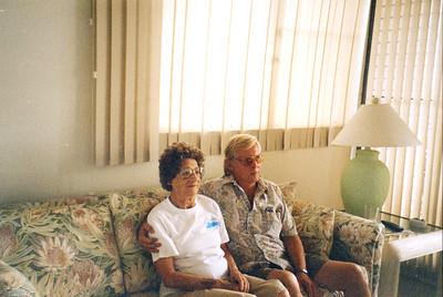 Old Nicol Photos 4001 - Mary & Gory