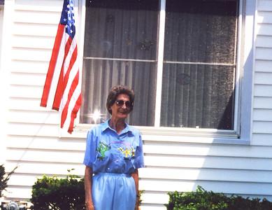 Old Nicol Photos 4028 - Mary