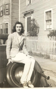 MarieApril 1942