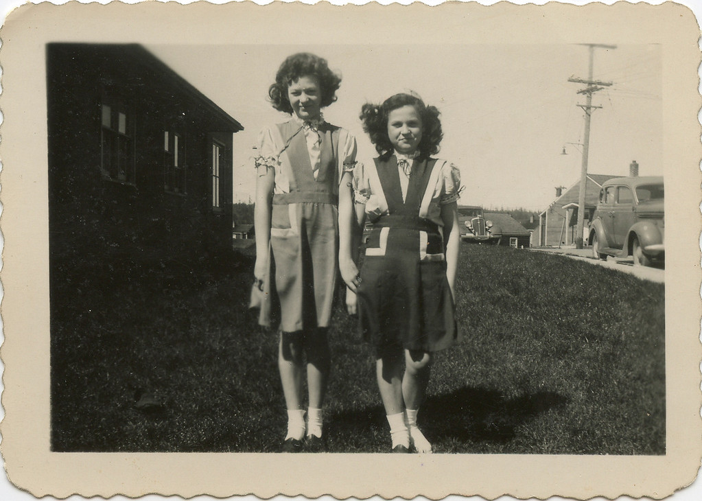 Merideth and Loralie at Projects in the 1940's