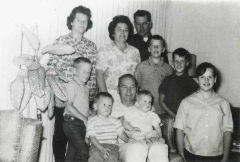 George and Wilma VanHorn, Leroy and Merideth Todd, Terry, Ron, Tom, Larry, Jeff, and Kathy. 1964.