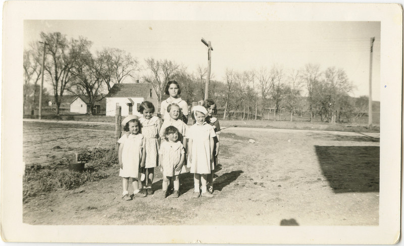 Merideth, Loralie, Joyce and friends in Lisban N. Dakota.