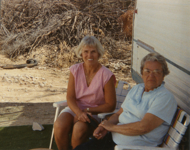 Wilma and Vi in Arizona, Feb 1989,