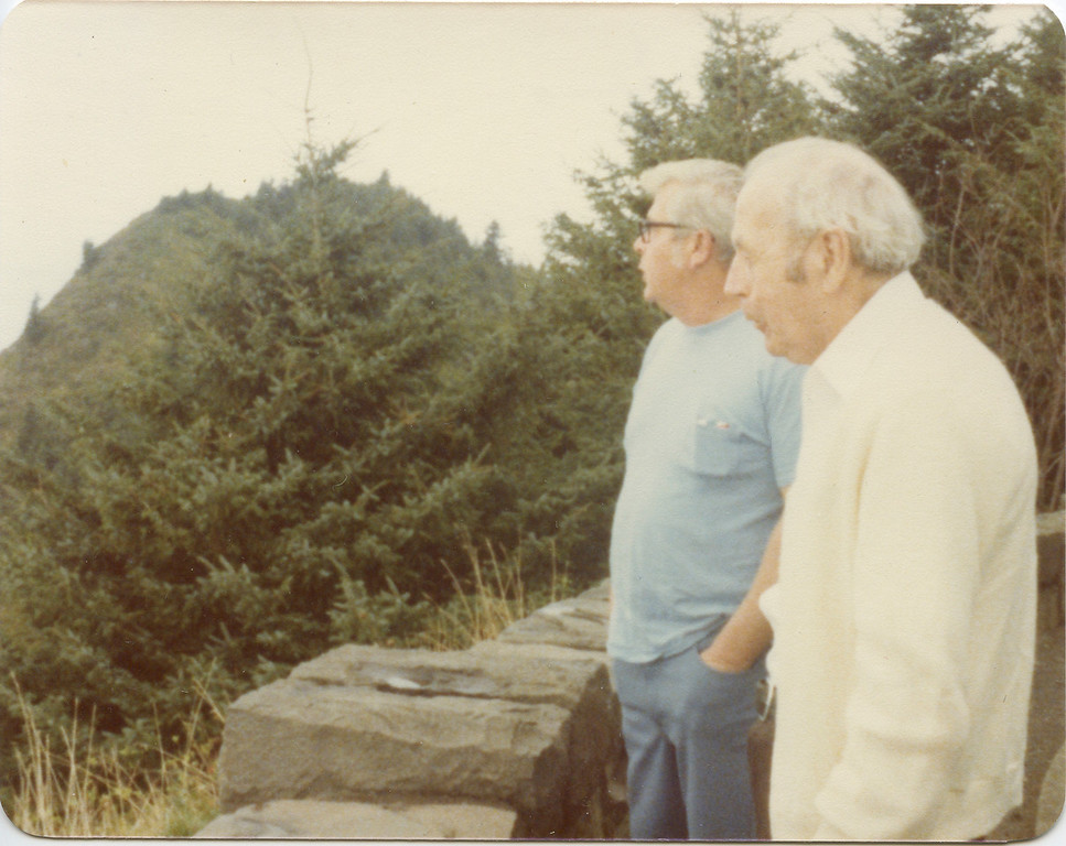 Leroy and George at View Point on Oregon Coast Aug 1978.