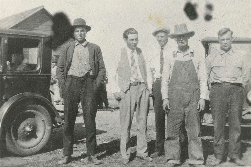 Bill Bosen Neigbor, Fred Boulds, George VanHorn, Chett Foster, Bill Boulds, at Foster home neer Glenblem North Dakota, 1929,