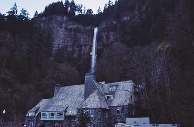 1988 Multnomah Falls 01