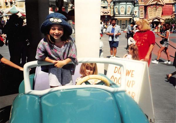 04 Disneyland